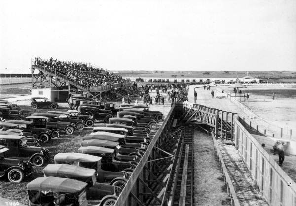 Old-cars-at-the-greyhound-track-in-Hialeah-PC.-W.A.-Fishbaugh-